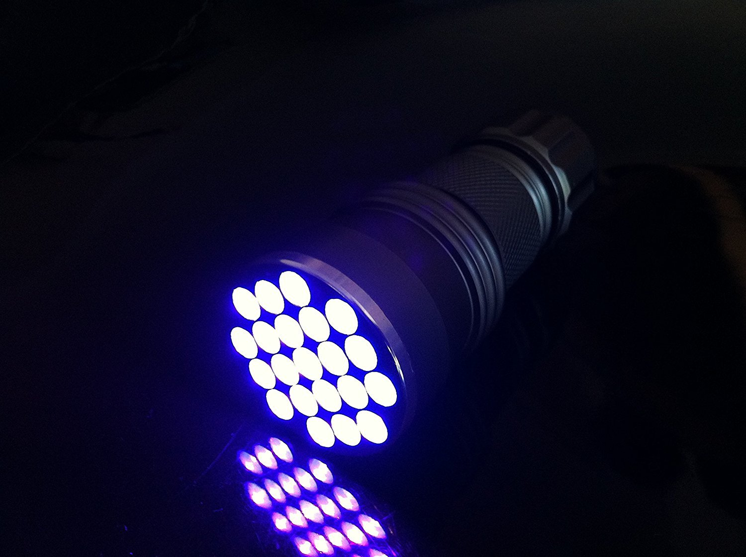 The 10 Best UV Flashlights