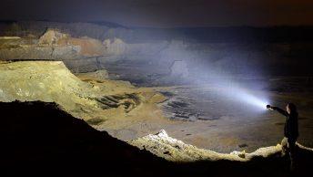 lumins super bright flashlight